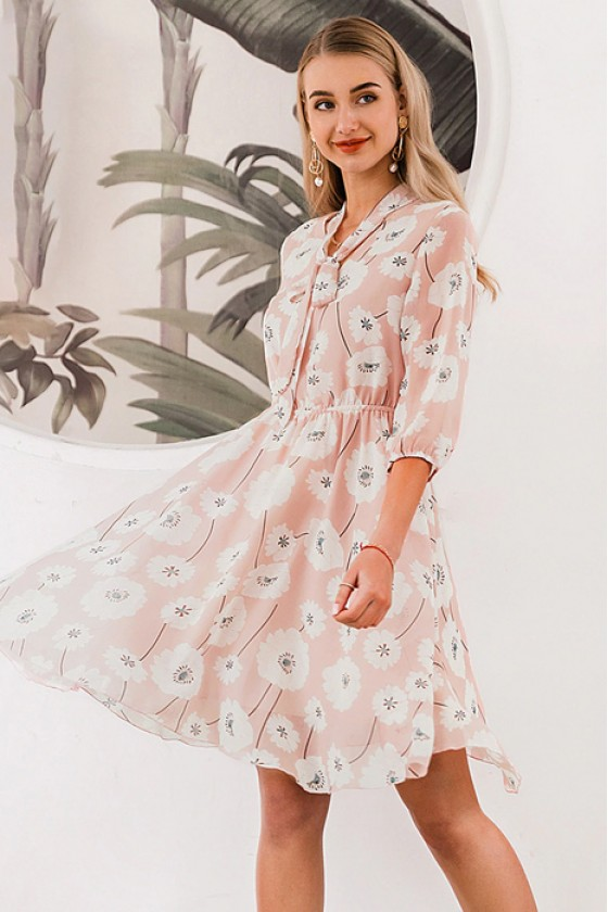 Marseille Floral Dress in Pink