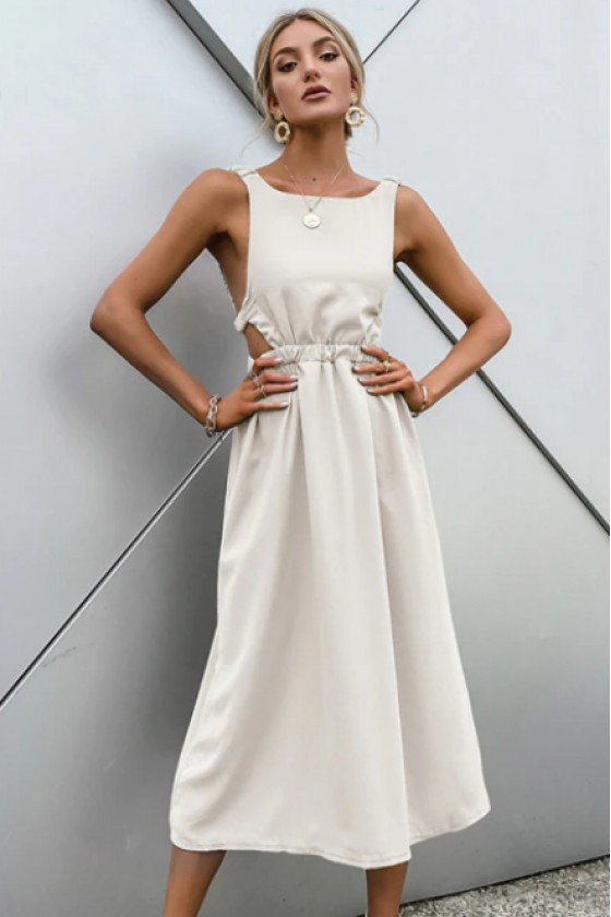 Tahlia Modern Backless Dress in Off-White