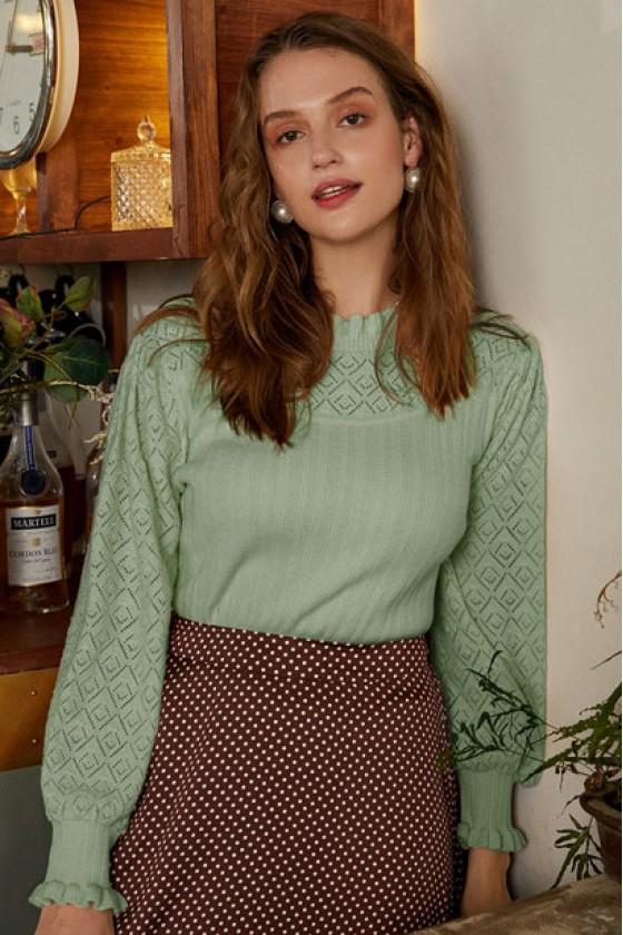 Ebelina Basic Pullover in Green