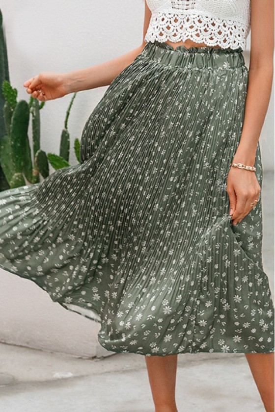Wera Pleated Floral Skirt in Green